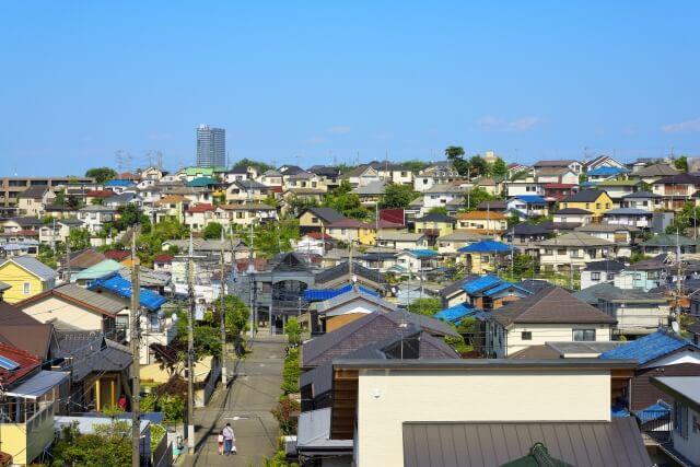 日本人は、一度買った家を売らない